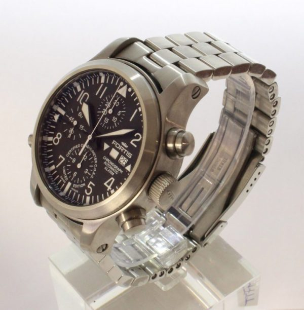 IMG 8753 - Fortis B-42 Flieger Alarm Chronograph Limited Edition COSC