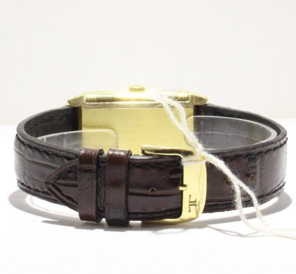 IMG 2871 600x556 - Reverso Grande Taille