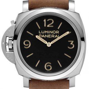 Panerai Luminor 1950 Left handed 3 Days PAM557 620x930 1 300x300 - Startseite