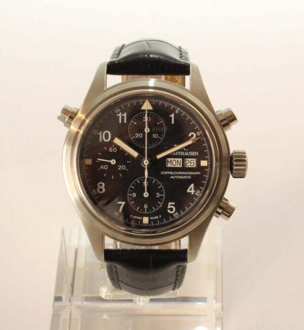 IMG 5511 600x652 - Doppelchronograph