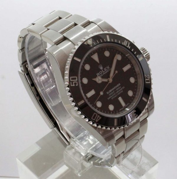 MG 5722 600x607 - Rolex Submariner No Date