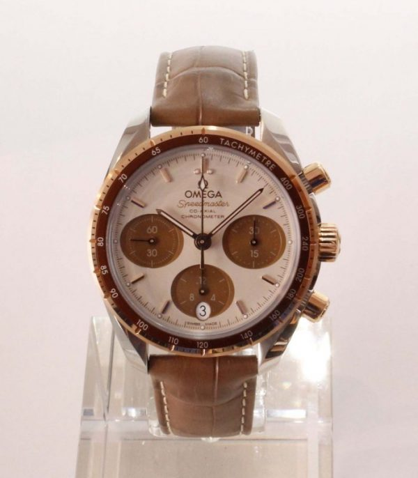 MG 6114 600x686 - Speedmaster 38 Chronograph Sedna Co-axial